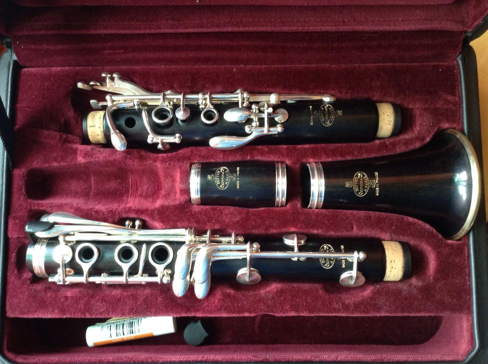 史莱博单簧管6046和布菲r13哪个好一些 请用过6046的或者史莱博万元