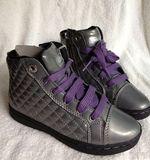 特价外贸原单ge*x女童短靴,板靴,会呼吸的鞋女童运动靴黑紫白色
