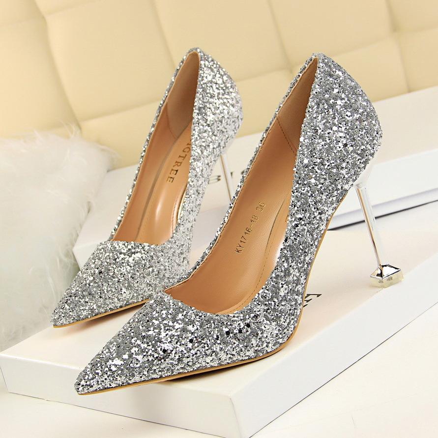 送闺蜜女朋友18岁情趣银色礼高跟鞋成人细跟小清新学生尖头水晶鞋生日性用品商品最新产品图片