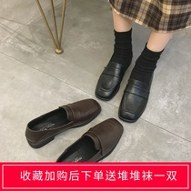 ins net red black small leather shoes female English wind autumn 2019 student Korean version wild square with flat shoes tide