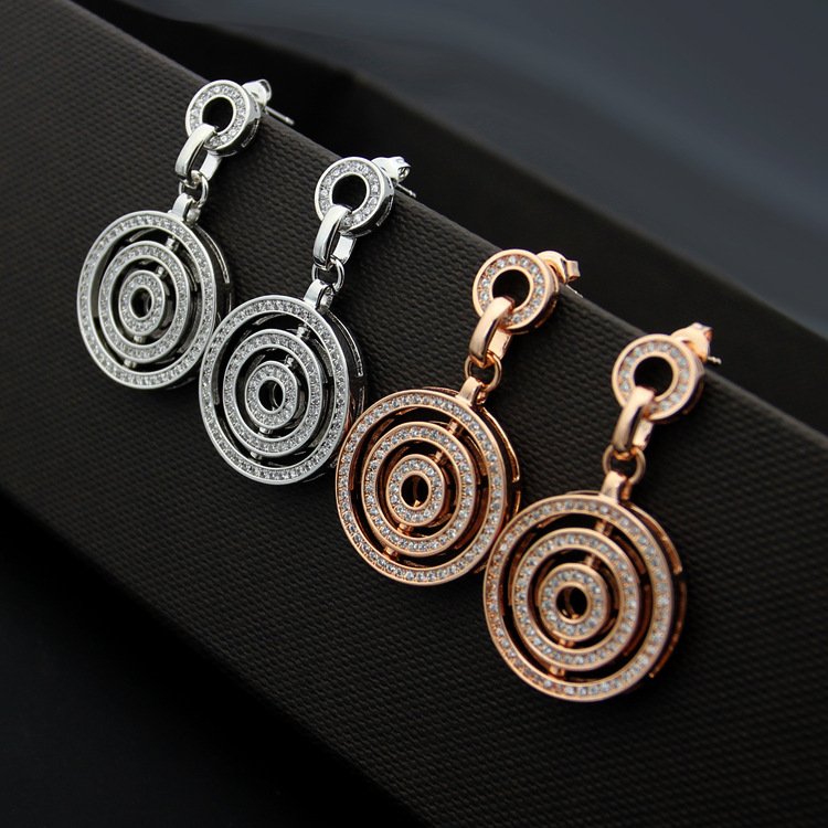 Letter three-circle diamond-encrusted womens studs a gold version to run full diamond earrings set.