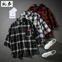 Japanese Harajuku long sleeves literary red black and white plaid shirt five-point sleeve male couple shoulder shoulders student short sleeve Shirt