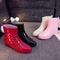 New fashion rain boots women short tube rubber boots low to help water shoes non-slip warm students look good