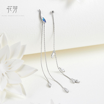 Flower bud original design Chinese style series Crane Dance breeze earrings female silver student long paragraph temperament tassel earrings