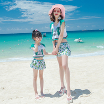 Parent-child swimsuit female mother and daughter New Hot Spring Split was thin cute beach swimsuit female beach holiday three-piece