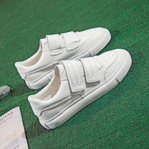 2018 spring and autumn new breathable Velcro white shoes female spring students wild white shoes Korean casual shoes