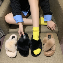 2020 autumn and winter new models outside wearing wool slippers women Korean version of cross-home indoor flat-bottomed anti-slip wool slippers.