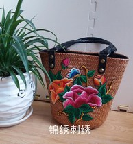 Beach grass rattan grass bag handmade seaside holiday bag embroidered beach woven wooden handle handbag rattan bag