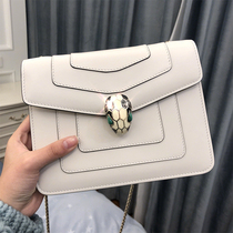 Snake head bag female leather chain bag Messenger summer 2019 New Fashion Shoulder portable white small square bag ck