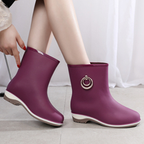 Female rain boots in the tube adult rain boots non-slip plus cashmere water shoes womens shoes waterproof fashion Korean short tube water boots wear