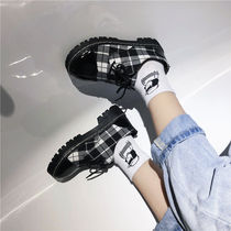 Autumn small shoes female British college wind fashion womens shoes wild Korean students round flat casual shoes