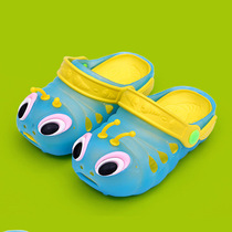 Childrens cartoon summer cool slippers summer Caterpillar boy girls in large childrens hole shoes non-slip beach sandals