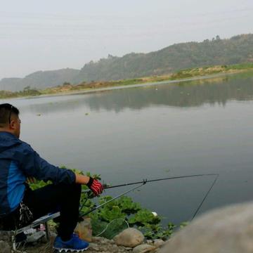 钓鱼当鱼情发生变化时,用这几个钓法!